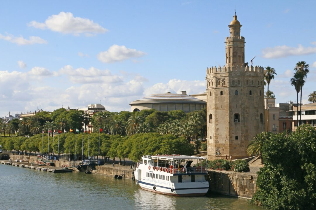 ¿Buscas escapadas a buen precio?: un viaje de fin de semana en Sevilla