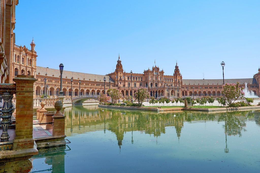 Ipulani-Sevilla para escapadas a buen precio
